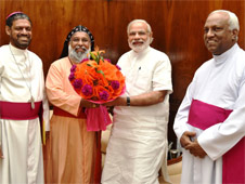 India's bishops urge Hindu-backed PM to invite Pope Francis