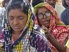 Tribal christians in Orissa praying