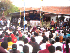 Some 6,000 devout Indians and Sri Lankans mark St Anthony's together