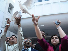 Civil rights activist Teesta Setalvad releasing 'Pigeon of Peace and Brotherhood' in Hyderabad on Saturday