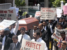 Protesters in Colombo rally for a more independent judiciary