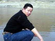 Gao Zhisheng's family members allowed first prison visit since March 2012