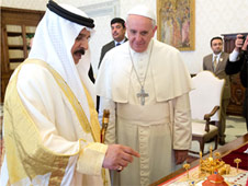 Pope receives king of Bahrain